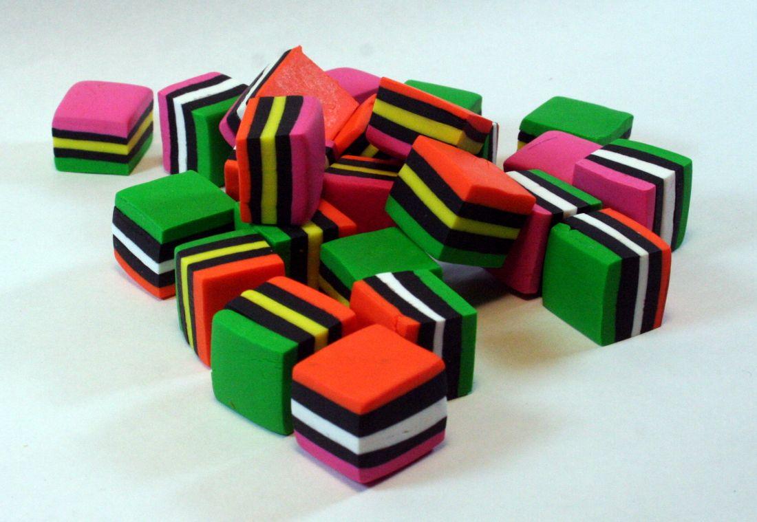 LiqAsrt-0002-Beads.jpg