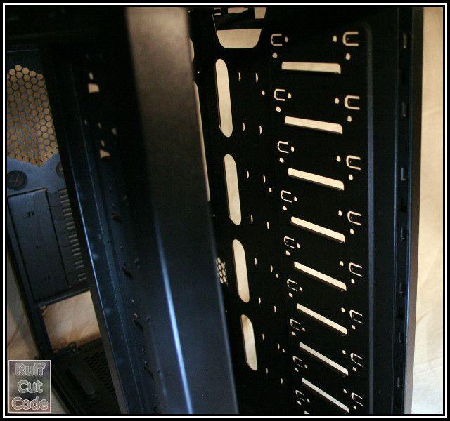 NAS3-0003-Case.jpg